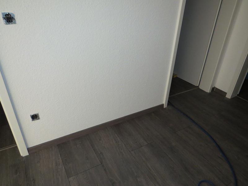 estrich lackieren fotos vonu und ggf fritz hansen hasit epr baufix parkett verkleben auf. Black Bedroom Furniture Sets. Home Design Ideas